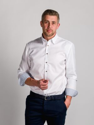 Fakts 6015-111 vīriešu krekls baltā krāsā